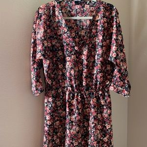 Cute floral dress 🎀4 for 20